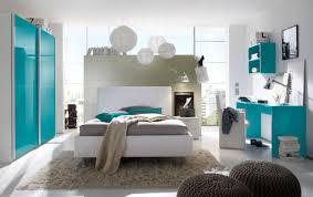 schlafzimmer weiß türkis hochglanz lack italien