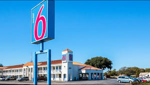 Motel 6 Round Rock Hotel In Round Rock TX ($54+) | Motel6.com Tarrytown Ny Hotels Sheraton Hotel Luxurious Nc Mountain Resort Old Edwards Inn Spa Florence Near Train Station Grand 17 Restaurants Worth Planning A Trip Arouand How To Get Holiday Dubuquegalena By Ihg 25 Trending Biltmore Ideas On Pinterest 41 Near The Palace Theatre In Greensburg Pa 33 Frank Lloyd Wrights Fallingwater Mill Run 260 Best Accommodations Images Boutique Hotels Best Alton Towers Telegraph Travel Virginia