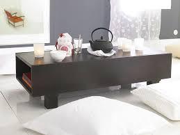 asiatischer einrichtungsstil materialien farben und