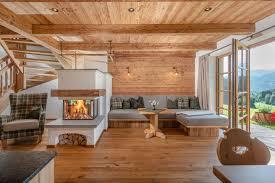 möbel aus massivholz hüttenflair für chalets tischlerei huber