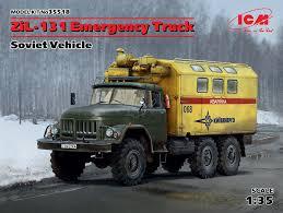 100 Emergency Truck ICM 135 ZiL131 Soviet Vehicle 35518 Model Kit