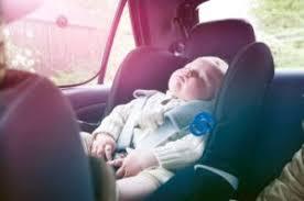 siege auto age taille voyage en voiture le siège auto est obligatoire pour les bébés