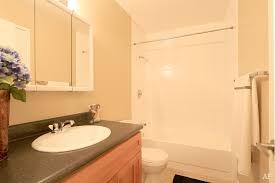 Palo Alto Caltrain Bathroom by Woodland Park East Palo Alto Ca Apartment Finder