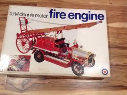 Entex 1914 Dennis Motor Fire Engine Model Kit 17
