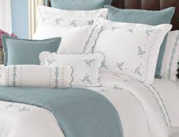 Beautiful Bedroom Throw Pillows Images