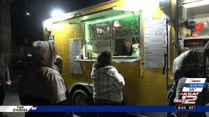100 Food Trucks In San Antonio While You Were Sleeping Truck Feeds Hungry Partiers On