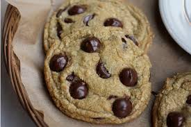 So I am here to teach you the chocolate chip cookie science so that you might create your own perfect cookie