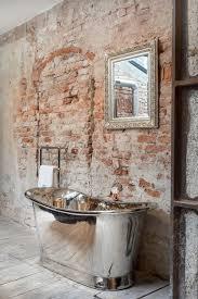 badezimmer in loft mit steinwand industrial bathroom