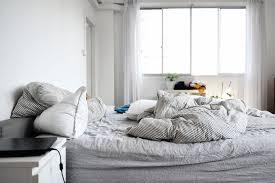 6 unnötige dinge die aus dem schlafzimmer verbannen sollte
