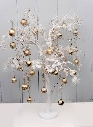 Silver Tip Christmas Tree Bay Area by Country Baskets Manzanita Tree Decorated With Gold And White
