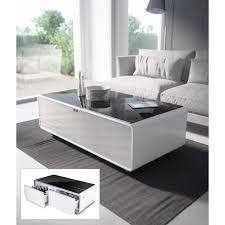 kombination aus soundbar getränkekühler und lounge tisch