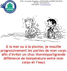 Nettoyer Des Dalles Avec De Leau De Javel
