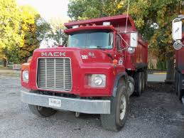 Like These Old Mack RB Models.Remember When Mack Had DM800s With ...