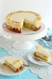 leckere cremige rhabarber marzipan torte