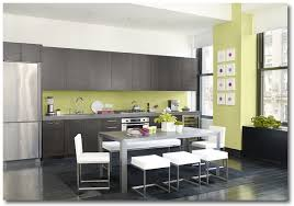 Punchy Green Kitchen By Benjamin Moore