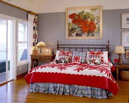 Fabulous Bedding And Wall Art In Red Highlight The Tropical Theme Design