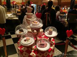 100 Alice In Wonderland Restaurant Tokyo TDR Review Queen Of Hearts Banquet Hall Appetite For Japan