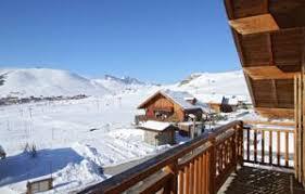 chalet quartier des chalets de l altiport alpe d huez j2ski