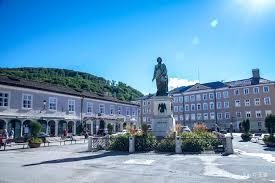 mozartplatz travel guidebook must visit attractions in
