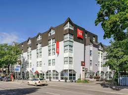 Hotel Hauser An Der Universität 3 Hotel In Hotel Ibis München City Nord Munich Germany Booking Com