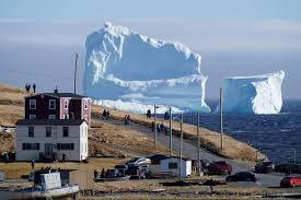 Titanic Sinking Animation Pitch Black by Giant 150ft Iceberg Is Floating Past Canada And It U0027s 50ft Bigger