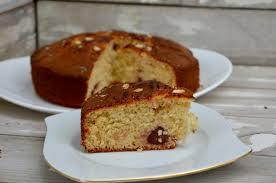 recette de cuisine gateau au yaourt gâteau au yaourt fraises et amandes la p tite cuisine de pauline