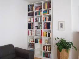 einbauregal wohnzimmer schrankwerk de wohnzimmerregale weiß
