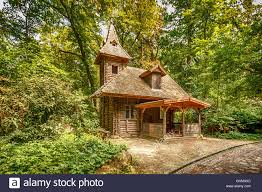 100 House In Forest Old Wooden House In The Forest Stock Photo 116630148 Alamy