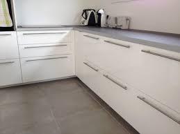 poign de placard cuisine poign e meuble cuisine unique collection poign es d armoires avec