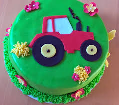 traktor torte kleine backkiste