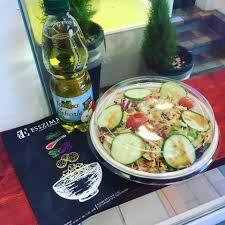 esszimmer tübingen bei der hitze genau das richtige salat