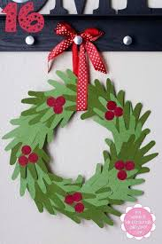 Hand Advent Wreath Couronne DAvent Mains