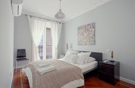 Luxury Apartment In Madrid Teatro Real III | Apartments In Madrid Luxury Apartment In Madrid Huertas Apartments Teatro Real Iii Spanish Host Family Homestay Student Accommodation For Sale Province Spainhousesnet Rent Apartment Apartments Rentals Wchester Los Angeles Ca The White By Ilmiodesign Caandesign Justicia Fernando Vi Campomanes Apartaments Community Flatapartments Rent Iha 12091 Salamanca Traditional And Balconies In Spain Stock Photo
