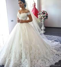 Discount 2018 New Design Ball Gown Lace Wedding Dresses f Shoulder