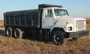 100 5 Axle Dump Truck 1981 International S2600 Tandem Axle Dump Truck Item C2877