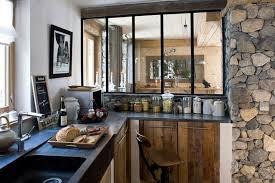 cuisine chalet merveilleux interieur chalet bois montagne déco cuisine