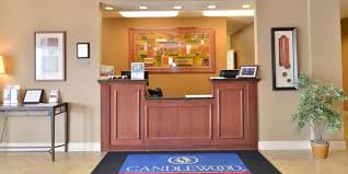 Just Beds Springfield Il by Springfield Hotels Candlewood Suites Springfield Extended Stay
