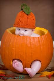 Mikes Pumpkin Patch Jacksonville Nc by Best 25 Fall Baby Pictures Ideas On Pinterest Fall Baby Photos