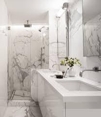 marmor im bad vor und nachteile der marmorfliesen bad
