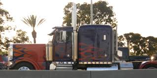 100 Gmc Transformer Truck More Images Of Optimus Prime Ironhide Bumblebee Trax Beat And