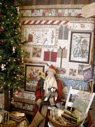 Winterberry Christmas Tree by Christmas In July Weekend Country Sampler Quilts