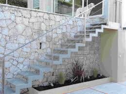 escalier extérieur avec limon crémaillère idée décoration ce
