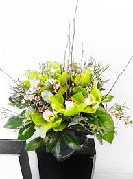 16 best Custom Flower Arrangements Designed by Flowers Naturally