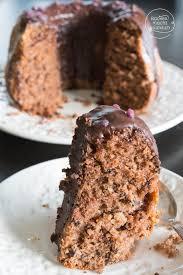 rotwein gugelhupf mit schokolade backen macht glücklich