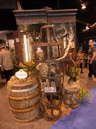Diy Motion Activated Halloween Props by Diy Pirate Crates Don U0027t Want All The Work How About Finding Old