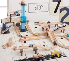 Wooden Play City Train Track Set