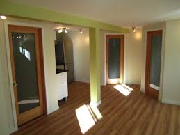 Linoleum Flooring That Looks Like Wood by Best Flooring For A Rental