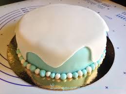 gâteaux reine des neiges et leurs cristaux les gourmandises de némo
