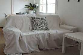 plaid sur canapé plaid de canape