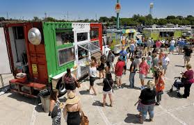 100 Food Truck Festival Chicago Arlington Park Fest Draws Big Crowds Tribune
